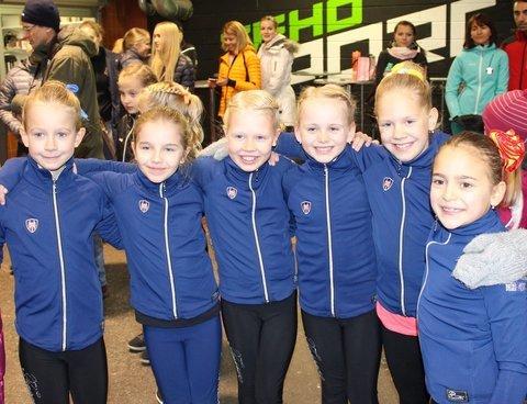 B-silmut Sini, Jenna, Unna, Heta, Ulla ja Eveliina