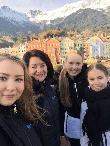 Joanna, Maaret, Hanna ja Enja