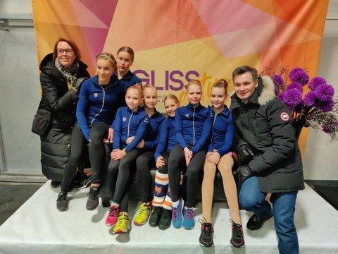 SM-noviisit ja valmentajat Susanna ja Alexandr