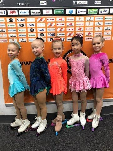 Anna, Inga-Linda, Julia, Laura ja Olivia