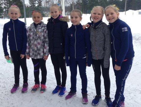 B-silmut Heta, Eveliina, Sini, Jenna, Unna ja Ulla