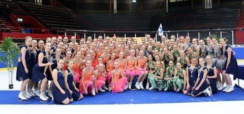 Kilpailun suomalaiset mitalijoukkueet